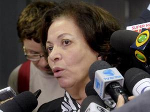 A ministra Ideli Salvatti no Senado nesta terça (Foto: Jane de Araújo / Agência Senado)