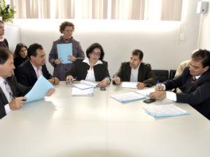 Reunião da Comissão de Legislação Justiça e Redação da Câmara de Curitiba (Foto: Divulgação//Andressa Katriny - CMC)