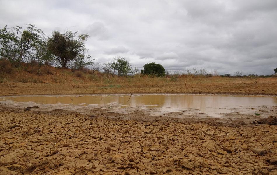 Em Lagoa Grande, última chuva capaz de encher barragens e barreiros ocorreu em 2004.