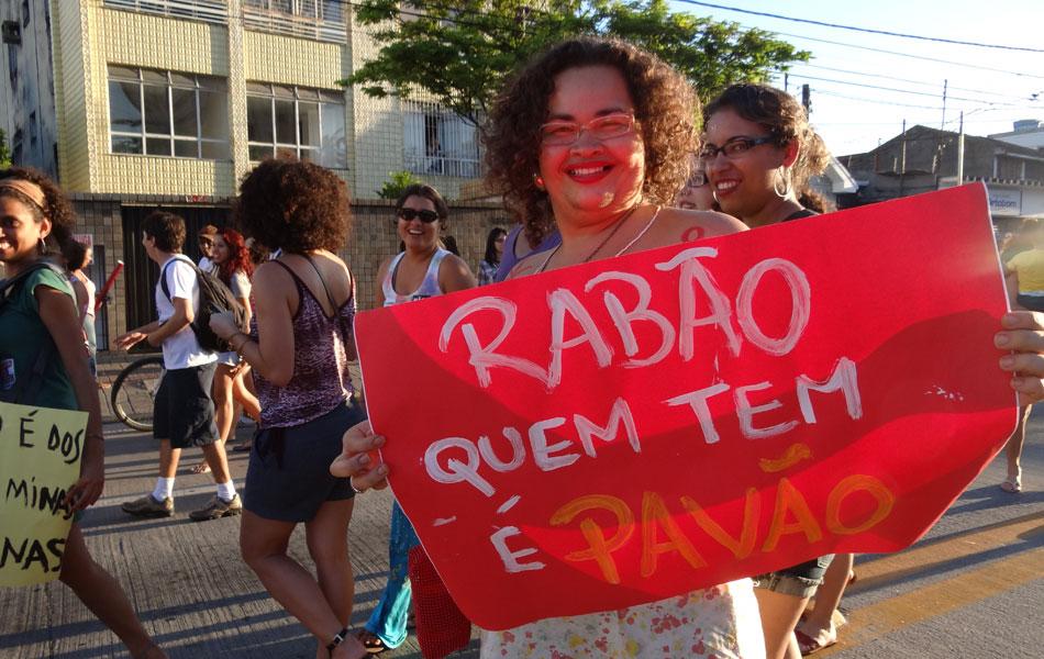 Marcha das Vadias no Recife ocorreu na tarde deste sábado (26), na área central da cidade.