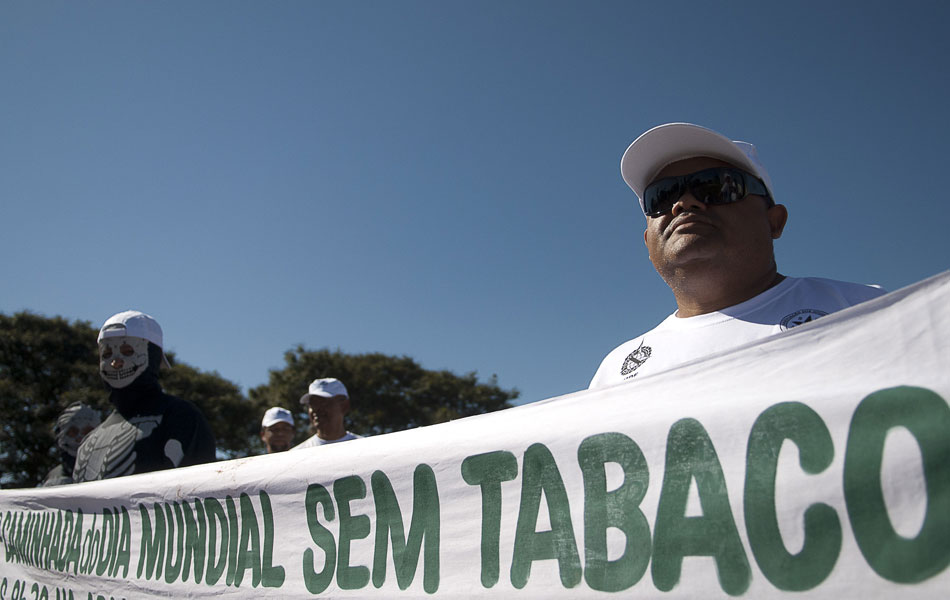 Caminhada, palestras e exames médicos marcaram a data no Parque da Cidade, em Brasília