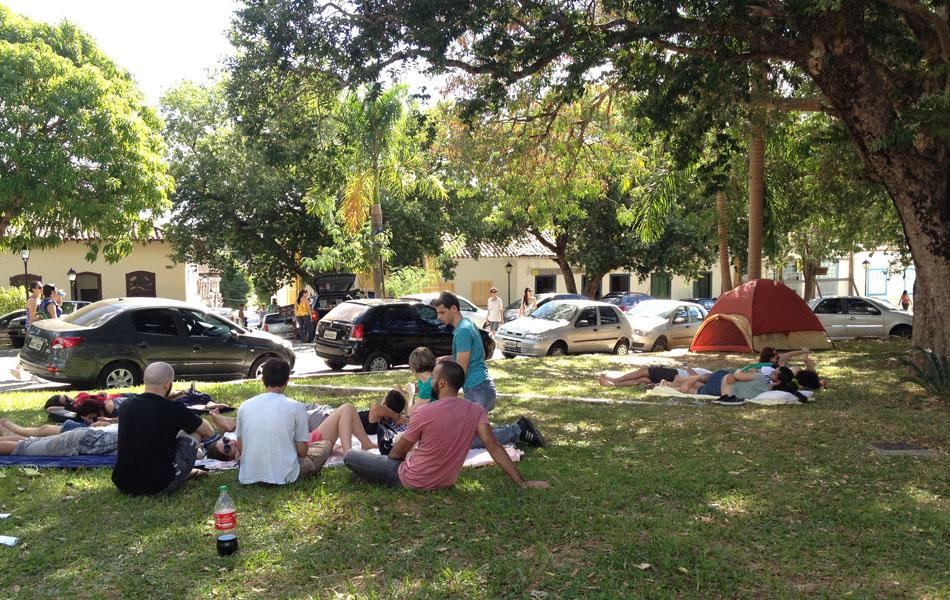Jovens durante o 14º Fica, na Cidade de Goiás (Foto: Gabriela Lima/G1)