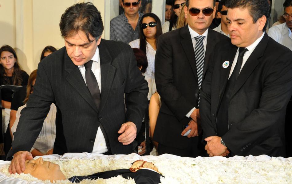 Filhos se despedem de Ronaldo Cunha Lima