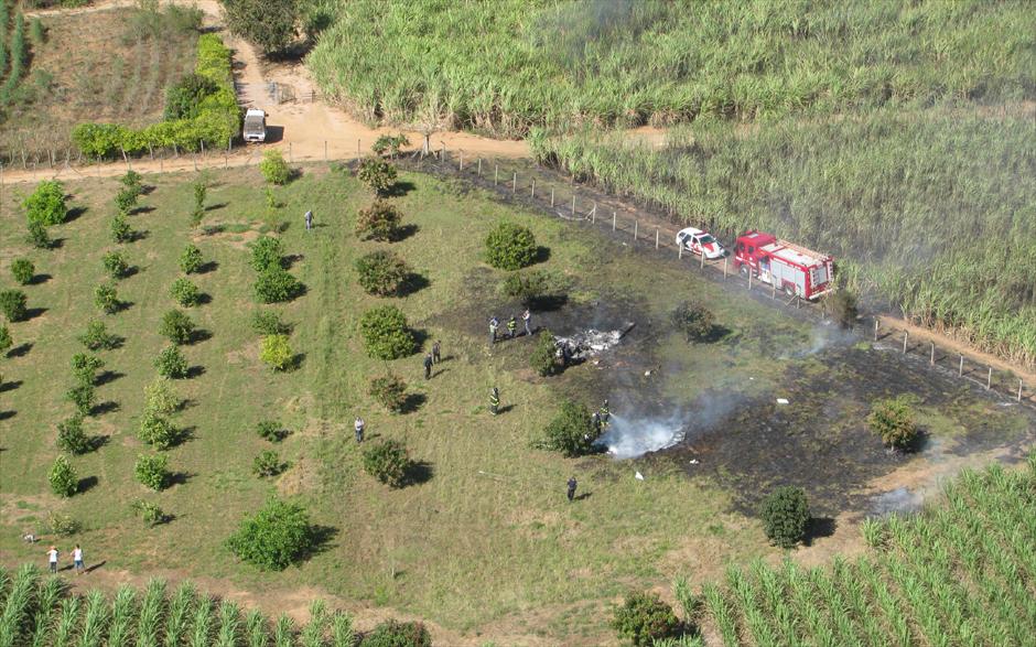 Aeronaves se chocaram no ar e caíram em canavial de Santa Bárbara D'Oeste, SP