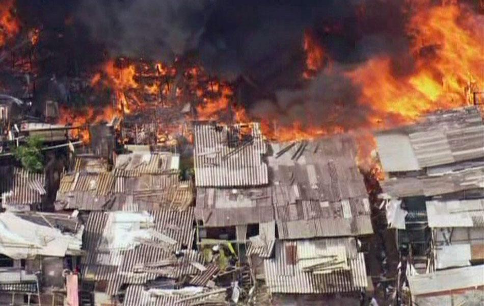 Mais uma imagem do grande incêndio na Zona Sul de SP