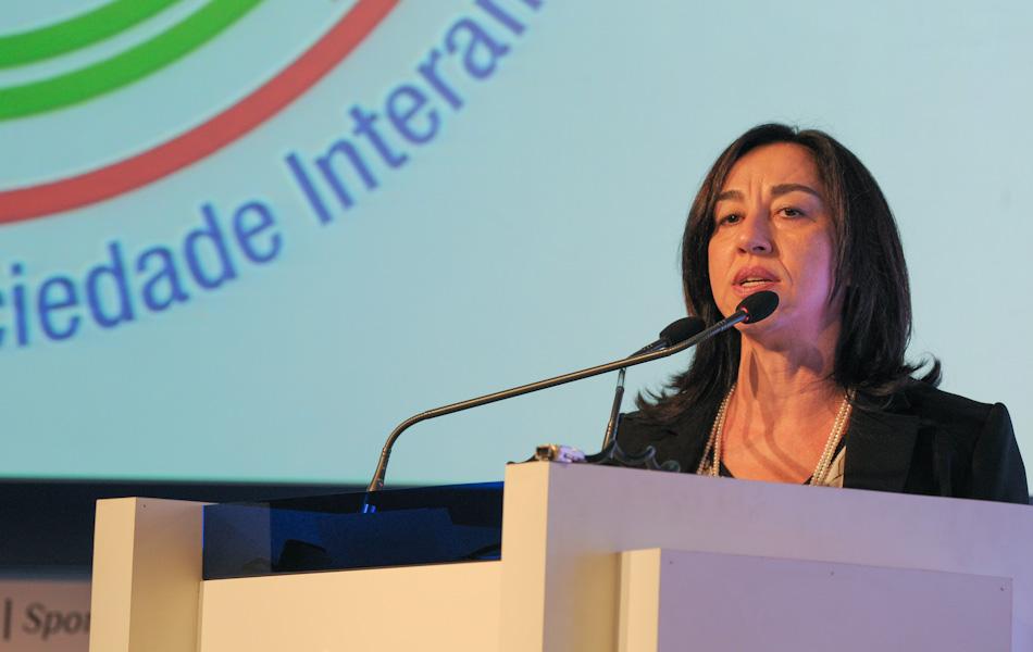 14 de outubro – Judith Brito, ex-presidente da ANJ, apresentou relatório sobre liberdade de imprensa no Brasil