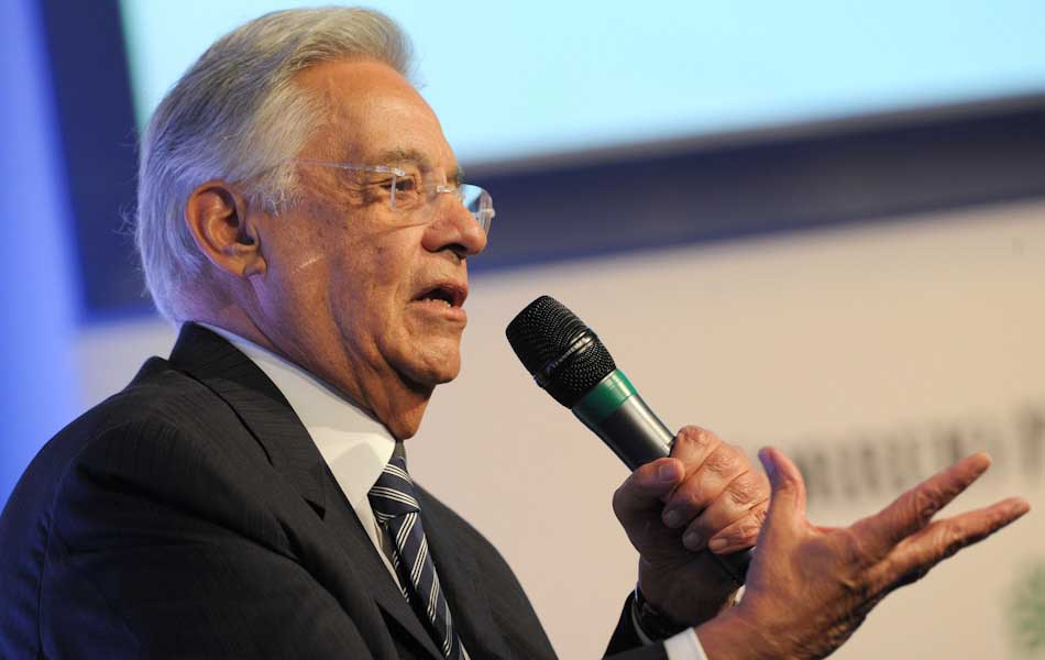 15 de outubro - Fernando Henrique Cardoso durante a Assembleia Geral da Sociedade Interamericana de Imprensa