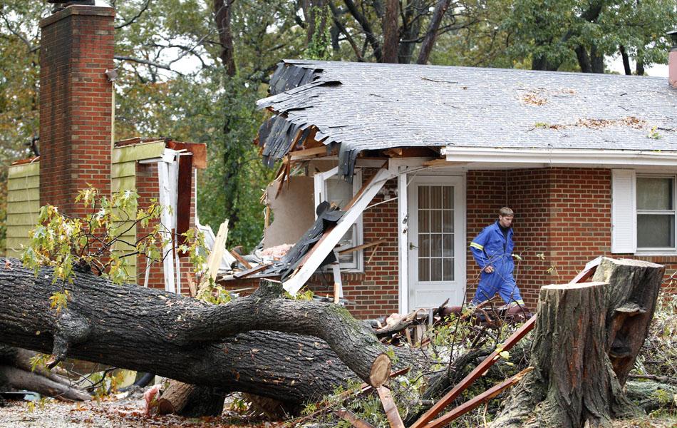 30 de setembro - Casa destruída em Pasadena, Maryland.
