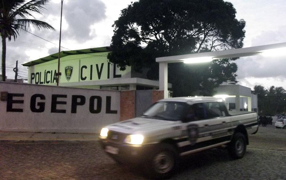 Cerca de 180 policiais participaram das buscas e apreensões e prisões da Operação Clone