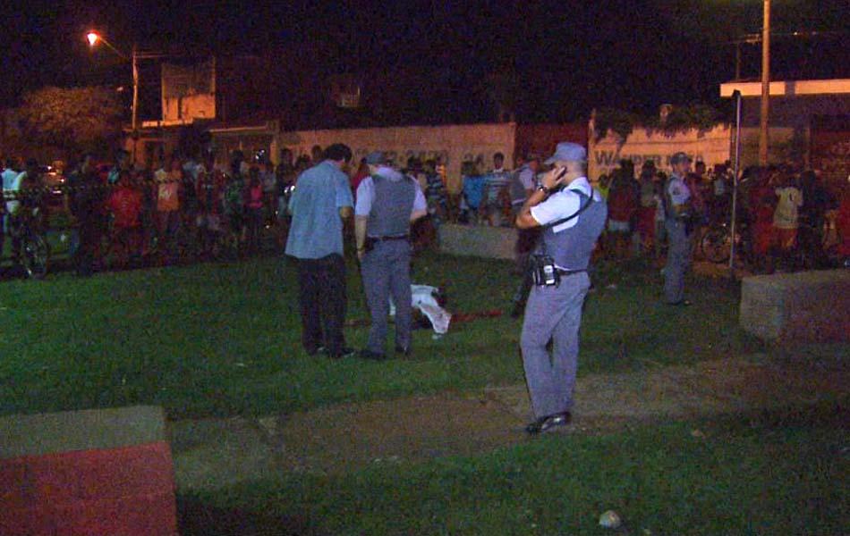 Homem foi morto a tiros no Jardim Jandaia em Ribeirão Preto; caso teria desencadeado ataques a ônibus.