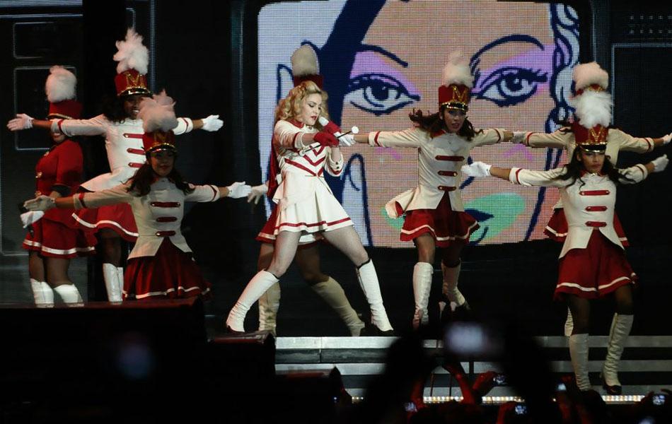 Madonna cantou 19 músicas durante o show em Porto Alegre