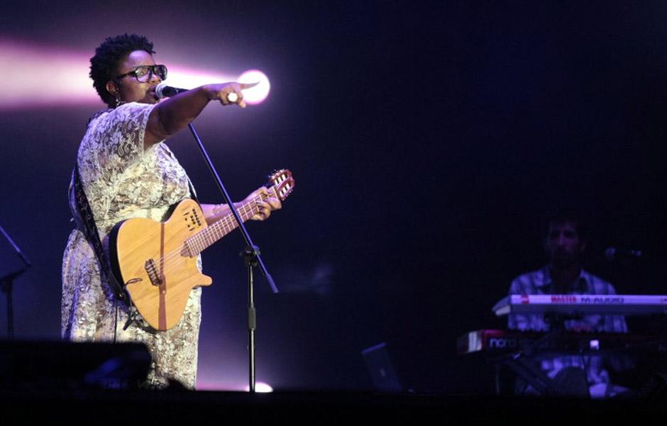 Vencedora do The Voice Brasil, Ellen Oléria cantou 'Maria, Maria