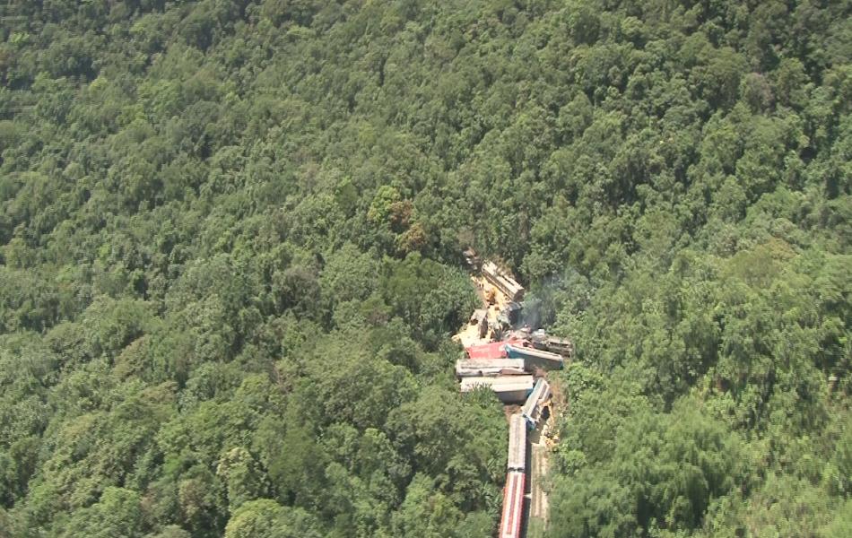 Acidente com trem aconteceu na Serra do Mar, na altura da cidade de São Vicente, no litoral de SP