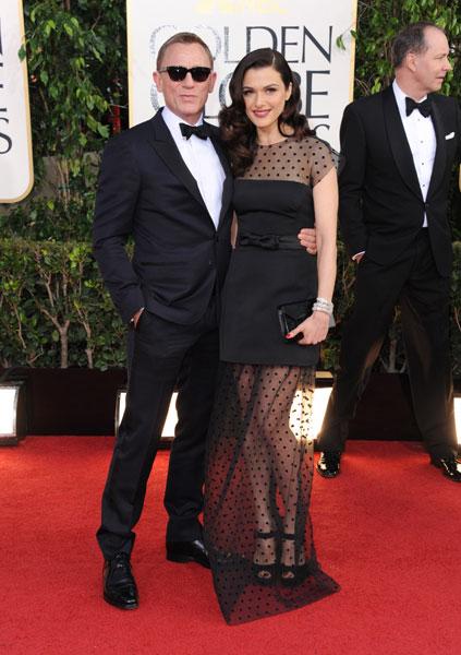 O casal de atores Daniel Craig, atual intérprete de James Bond, e Rachel Weisz no tapete vermelho do Globo de Ouro 2013