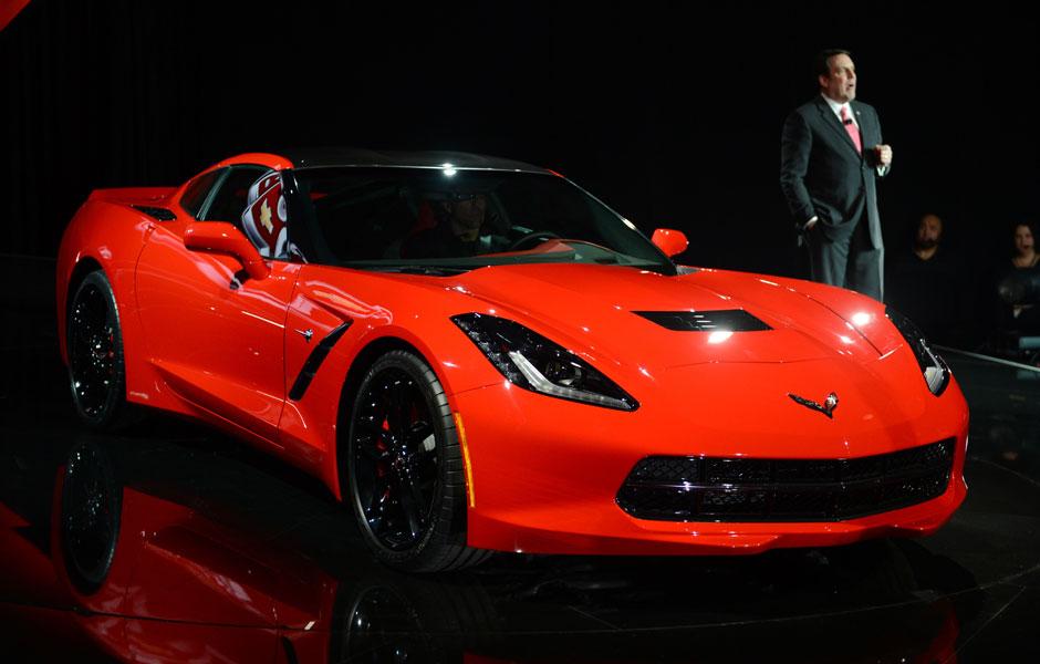 General Motors apresentou a versão 2014 do Chevrolet Corvette, neste domingo (13), nos Estados Unidos