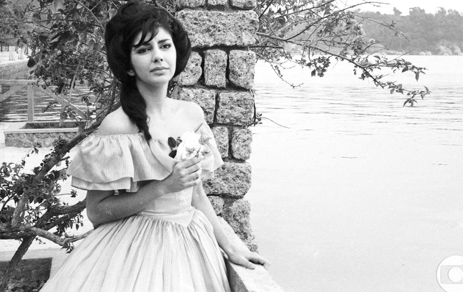 Atriz contracena na novela 'A Moreninha' de 1965