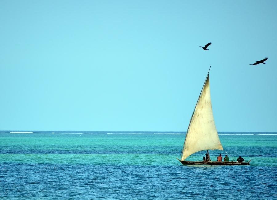 Localizado na Tanzânia, Zanzibar é um arquipélago formado por duas ilhas principais: Unguja (conhecida também como Ilha de Zanzibar) e Pemba, além de outras 51 ilhotas menores