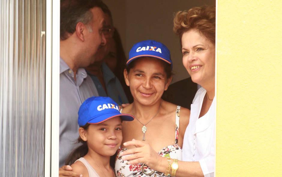 Dilma participou da entrega de 1.400 casas populares