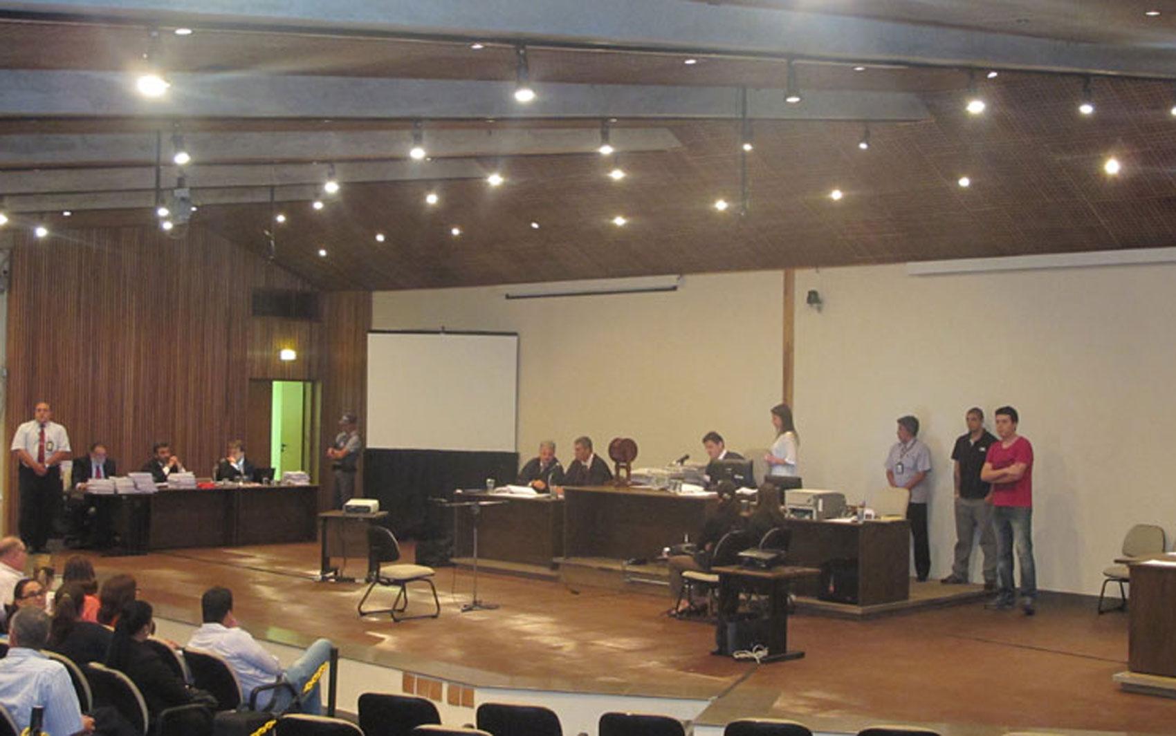 18/2/2013 - Plenário do Fórum da Barra Funda, na Zona Oeste de São Paulo, recebe o júri do caso Gil Rugai.