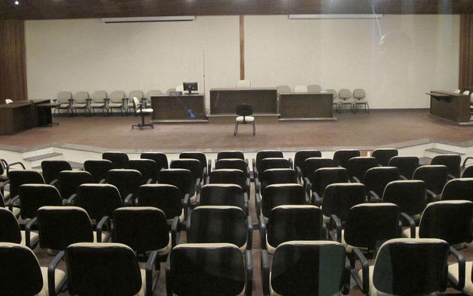 Plenário do Fórum da Barra Funda, na Zona Oeste de São Paulo, recebe o júri do caso Gil Rugai.