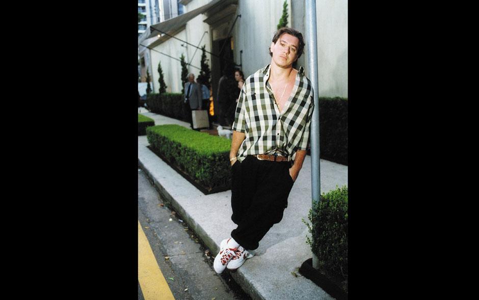 O vocalista Chorão, da banda Charlie Brown Jr, posa para retrato em janeiro de 2000