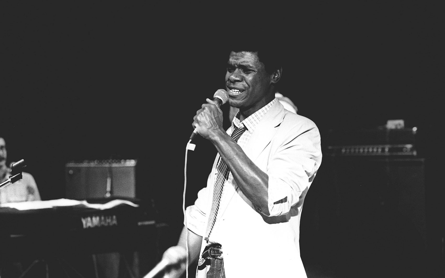 Emílio Santiago no show de 5 anos do projeto Pixinguinha, no Maracanãzinho, em agosto de 1981