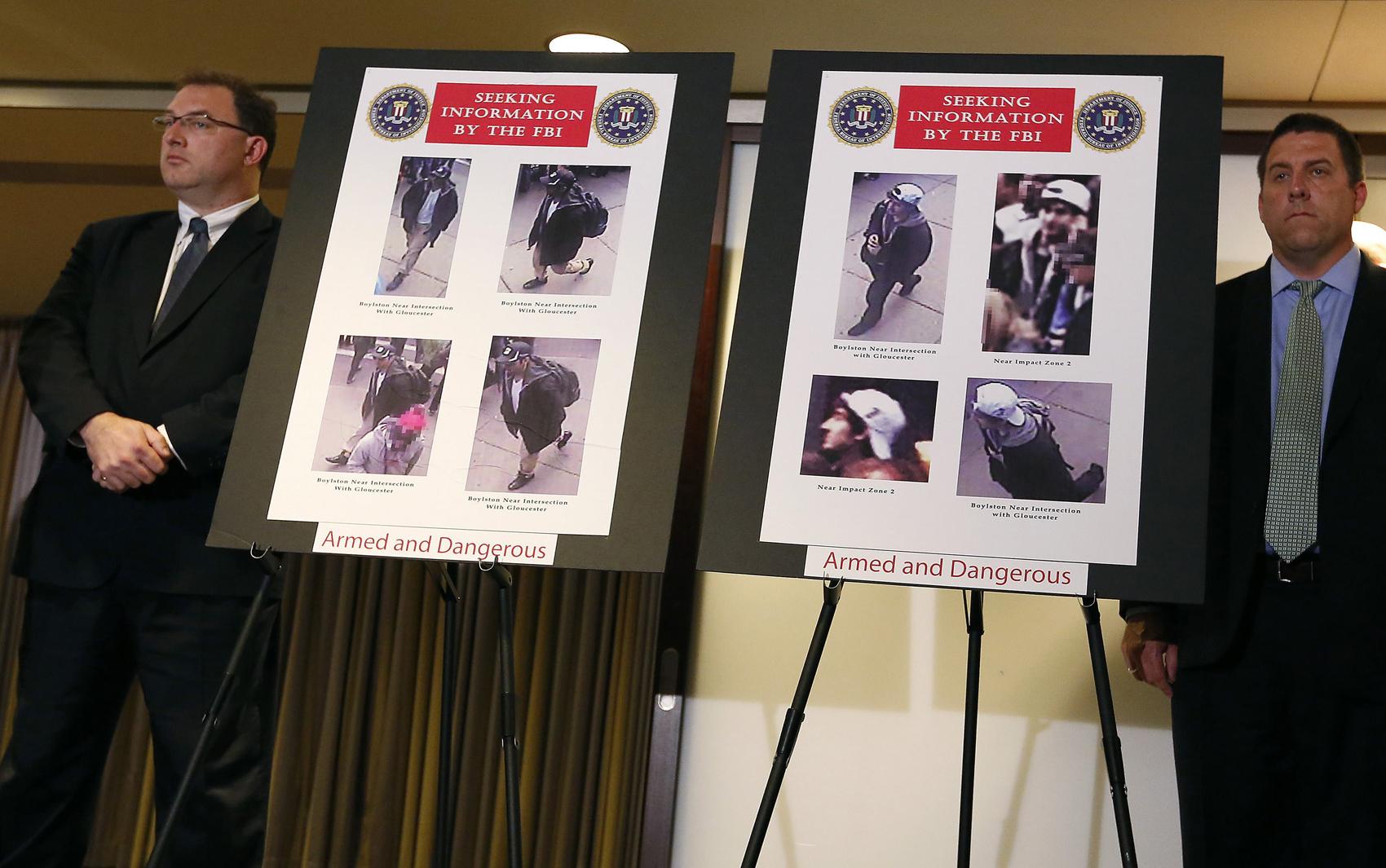 18 de abril - FBI mostra foto de suspeitos das explosões em Boston.