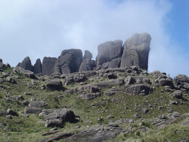 Prateleiras no Parque Nacional do Itatiaia