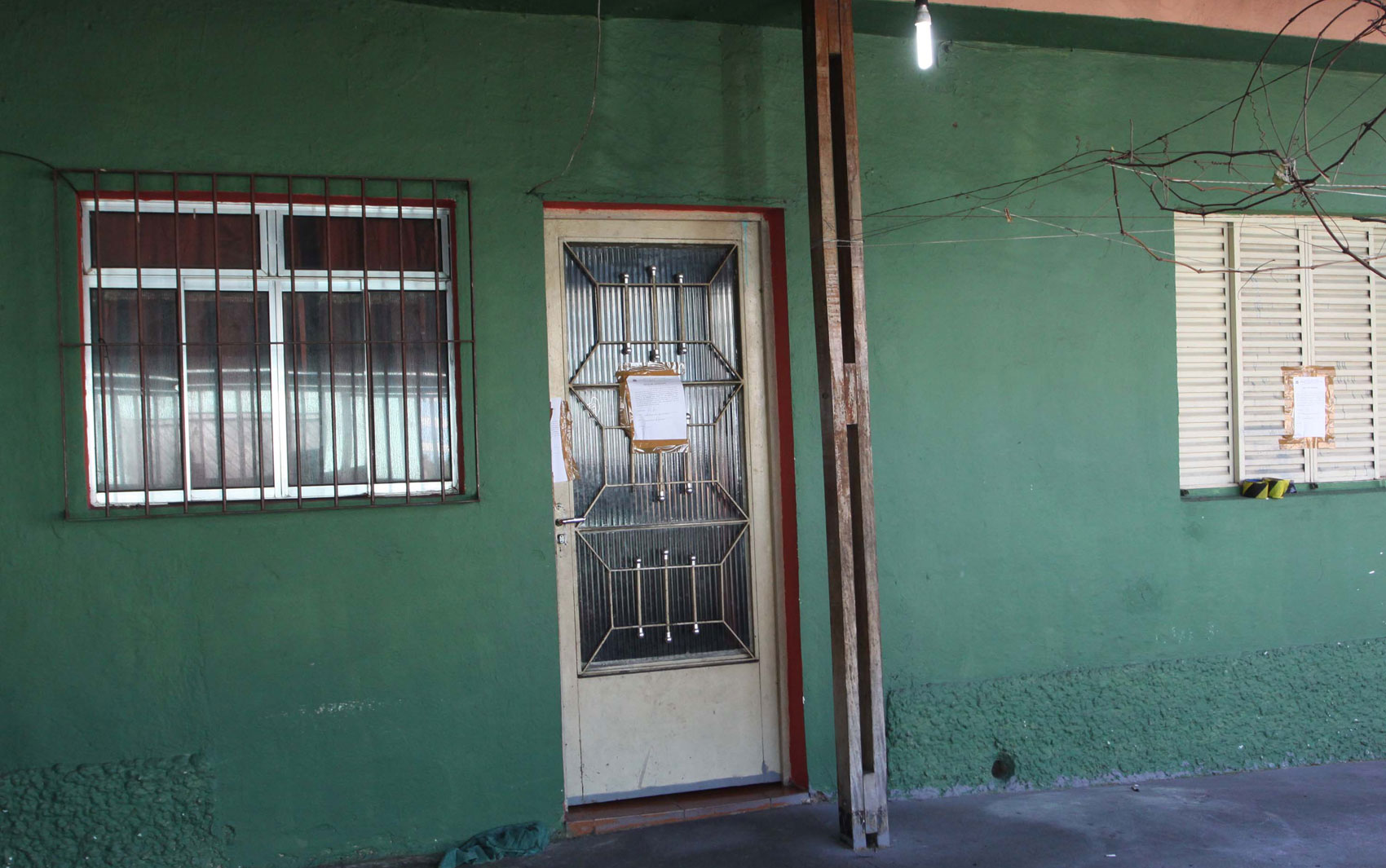 Residência de família de policiais militares amanhece lacrada na Rua Dom Sebastião, no bairro da Brasilândia, Zona Norte de São Paulo