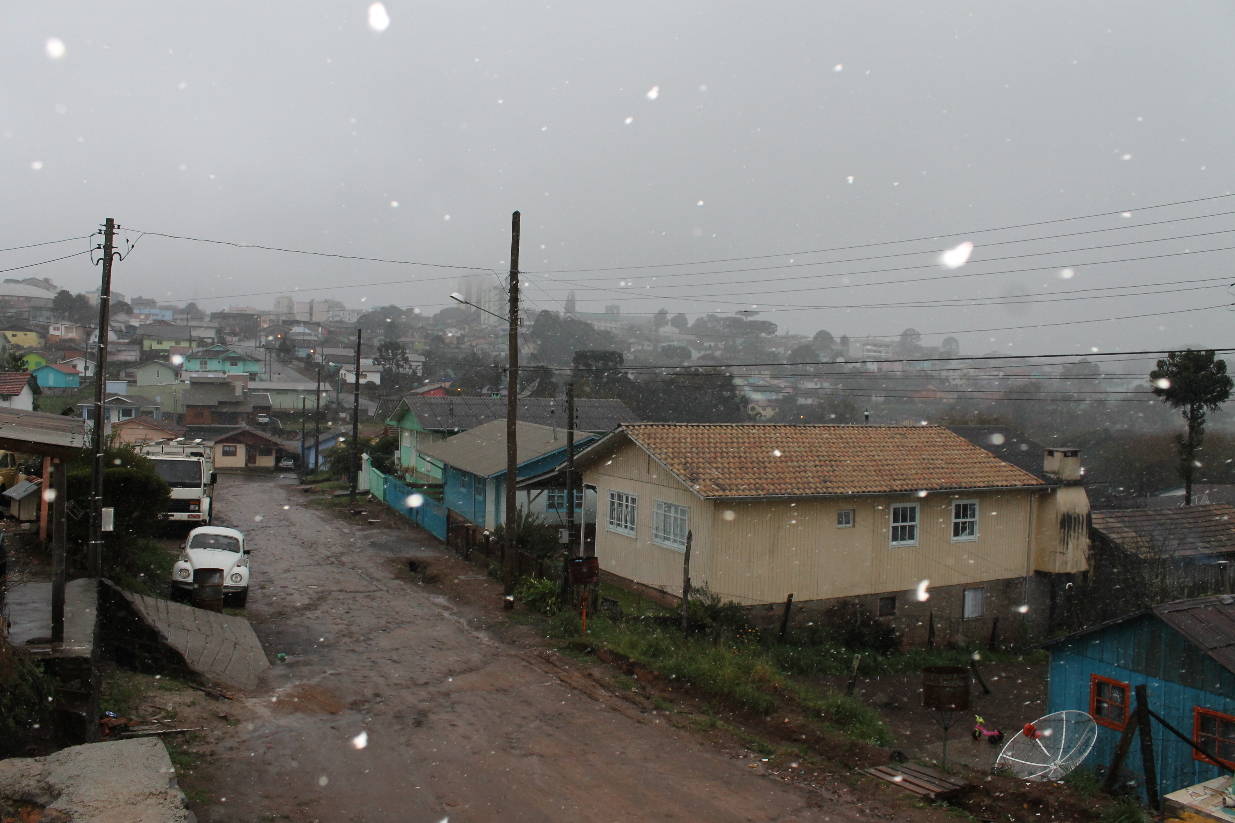 Meteorologia prevê mais neve no decorrer do dia