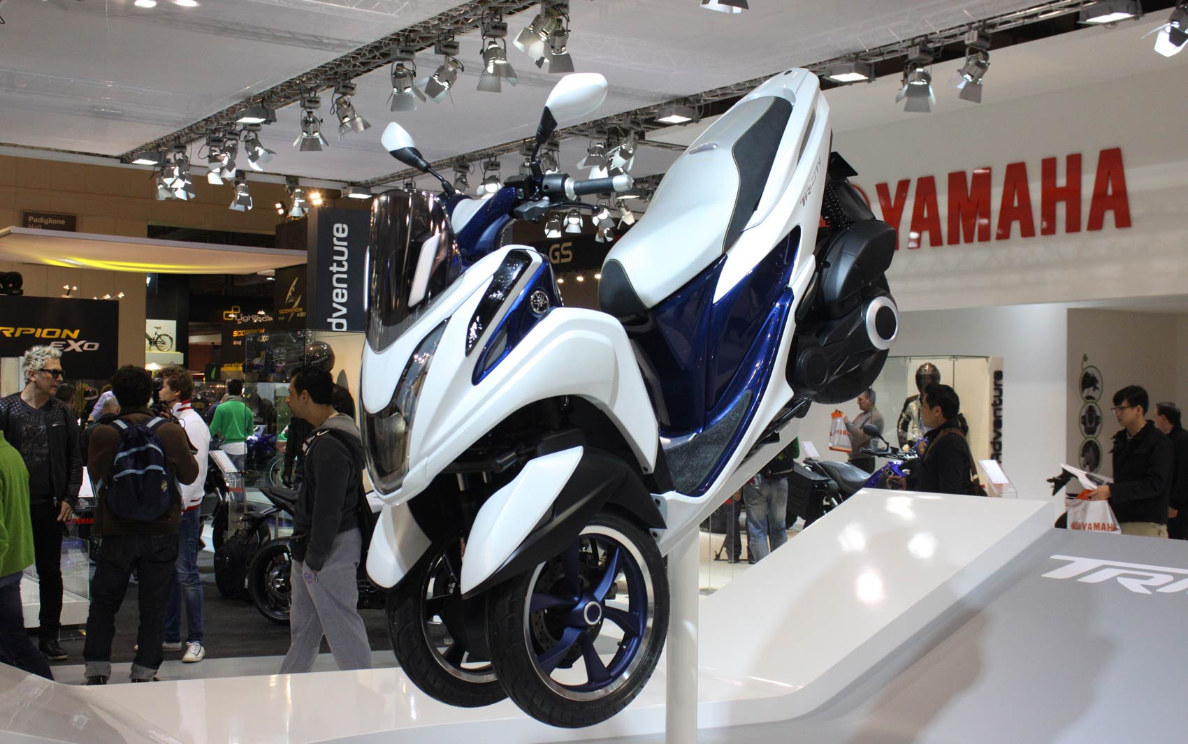 Yamaha Tricity é apresentado no Salão de Milão nesta terça-feira (5)