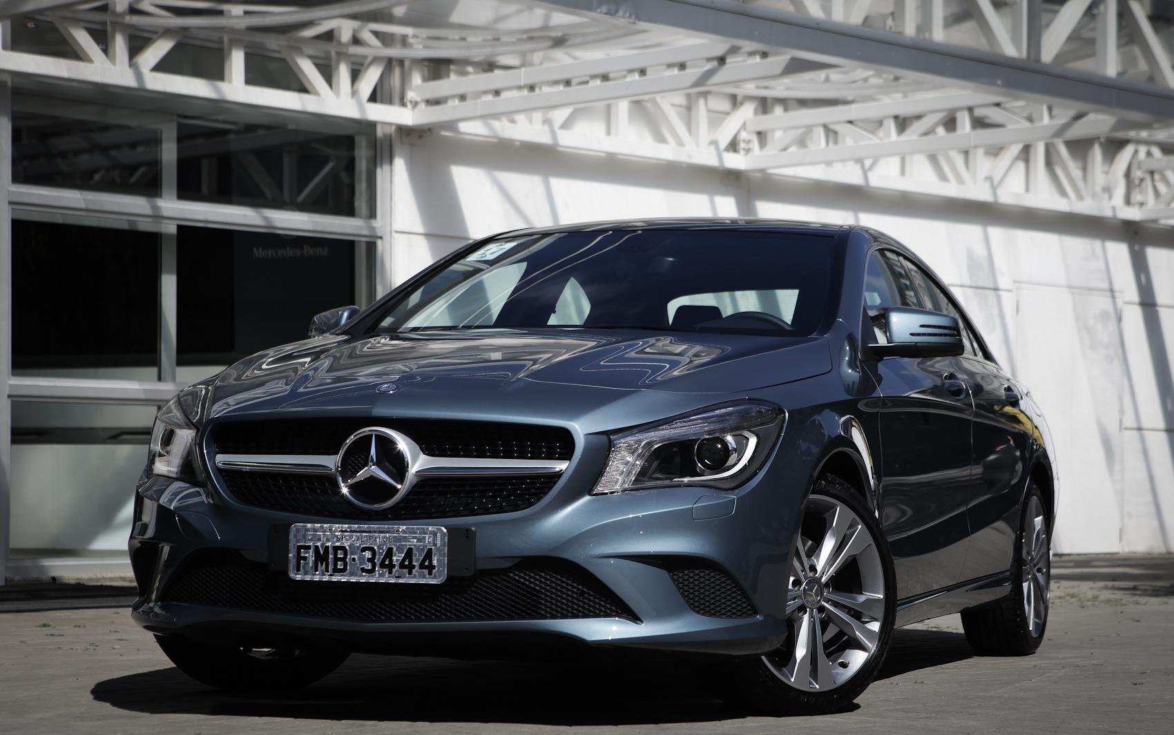 Veja fotos de audi a3 sedan e mercedes benz cla fotos em for Mercedes benz modelos