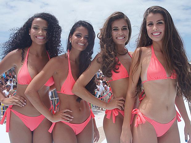 Quatro meninas foram escolhidas no litoral do RS: Kaiana Cardoso, 19 anos, representante de Tramandaí Sul; Sabrina Scherer, 18, de Costa do Sol; Tainara dos Santos Sanna, 17, de Estrela do Mar; e Larissa Medeiros, 15, de Arroio do Sal.