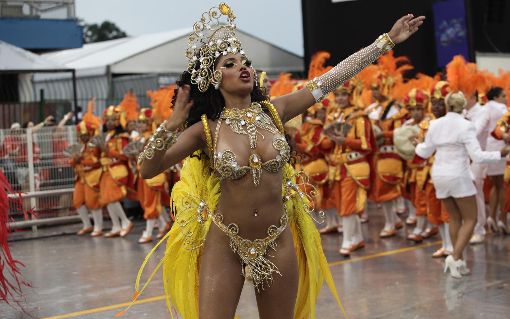 Секс с бразил, Бразильское порно онлайн бесплатно в хорошем 6 фотография