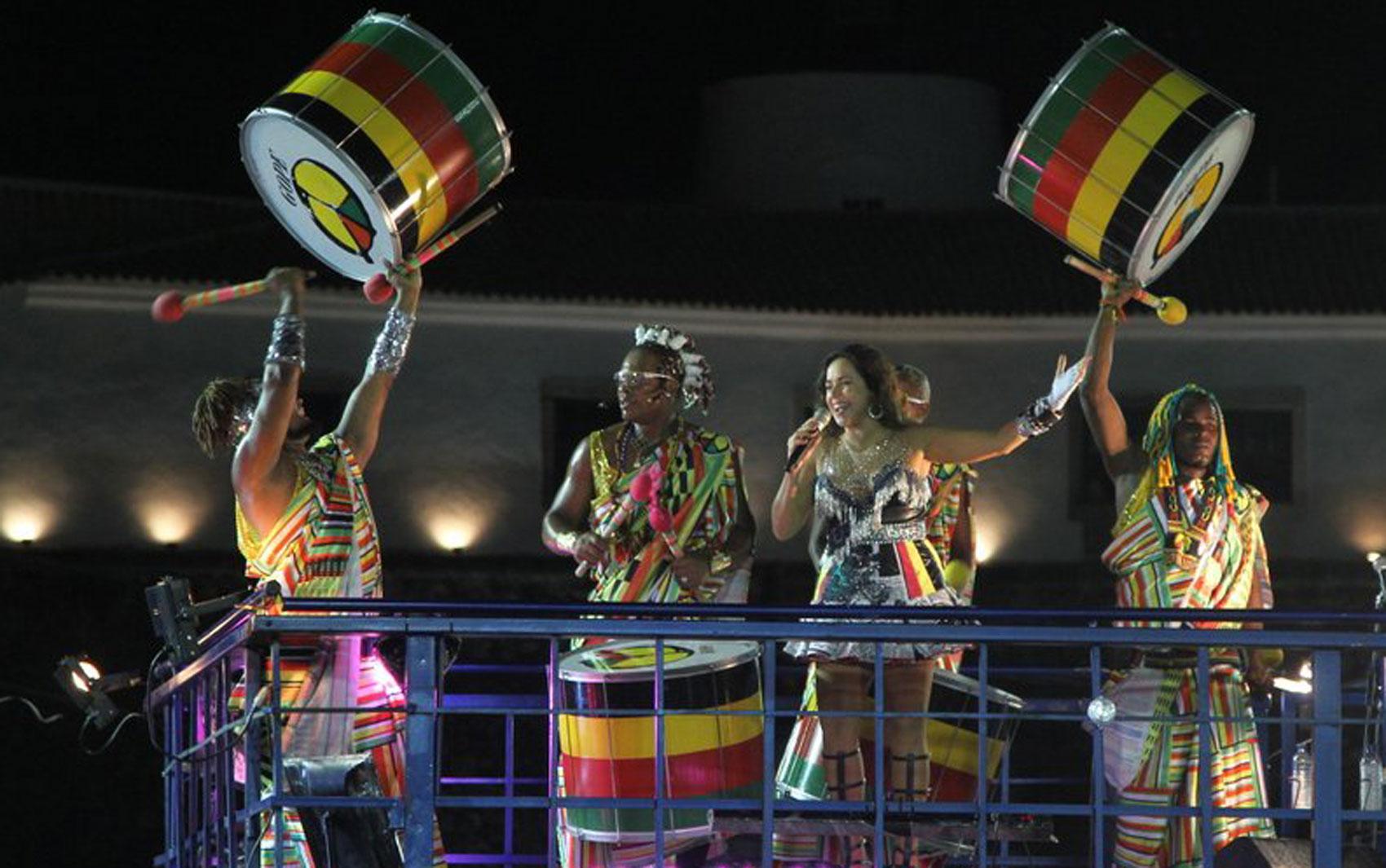 Daniela Mercury se apresenta no Circuito Dodô, em Salvador, na noite desta segunda-feira (3)