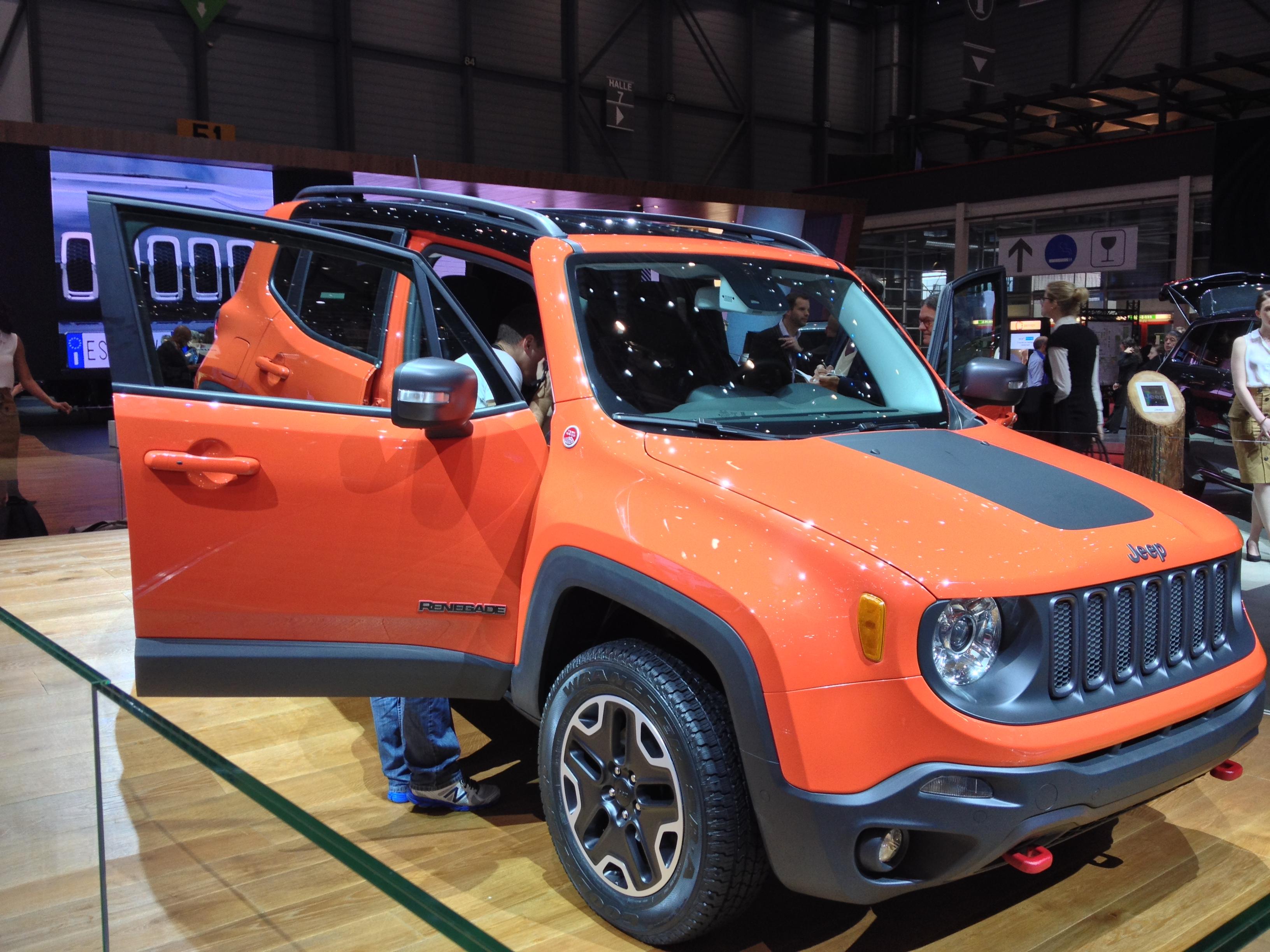 Jeep Renegade foi revelado no Salão de Genebra