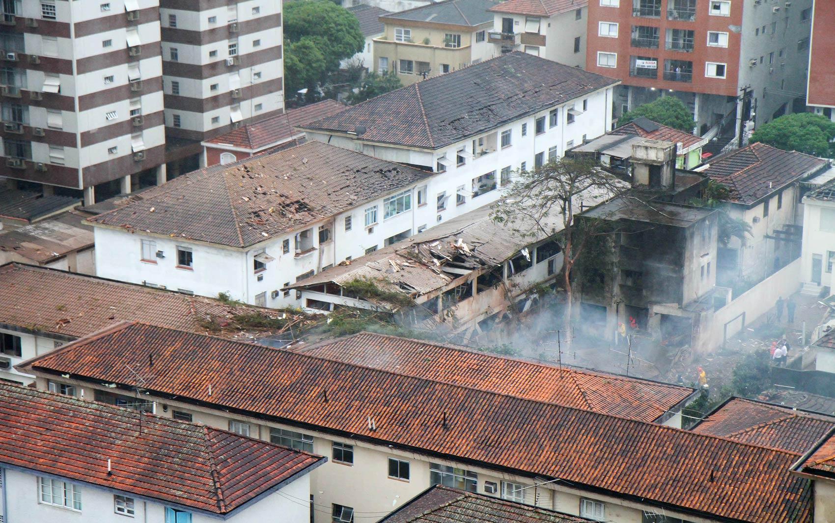 Local da queda do avião em Santos