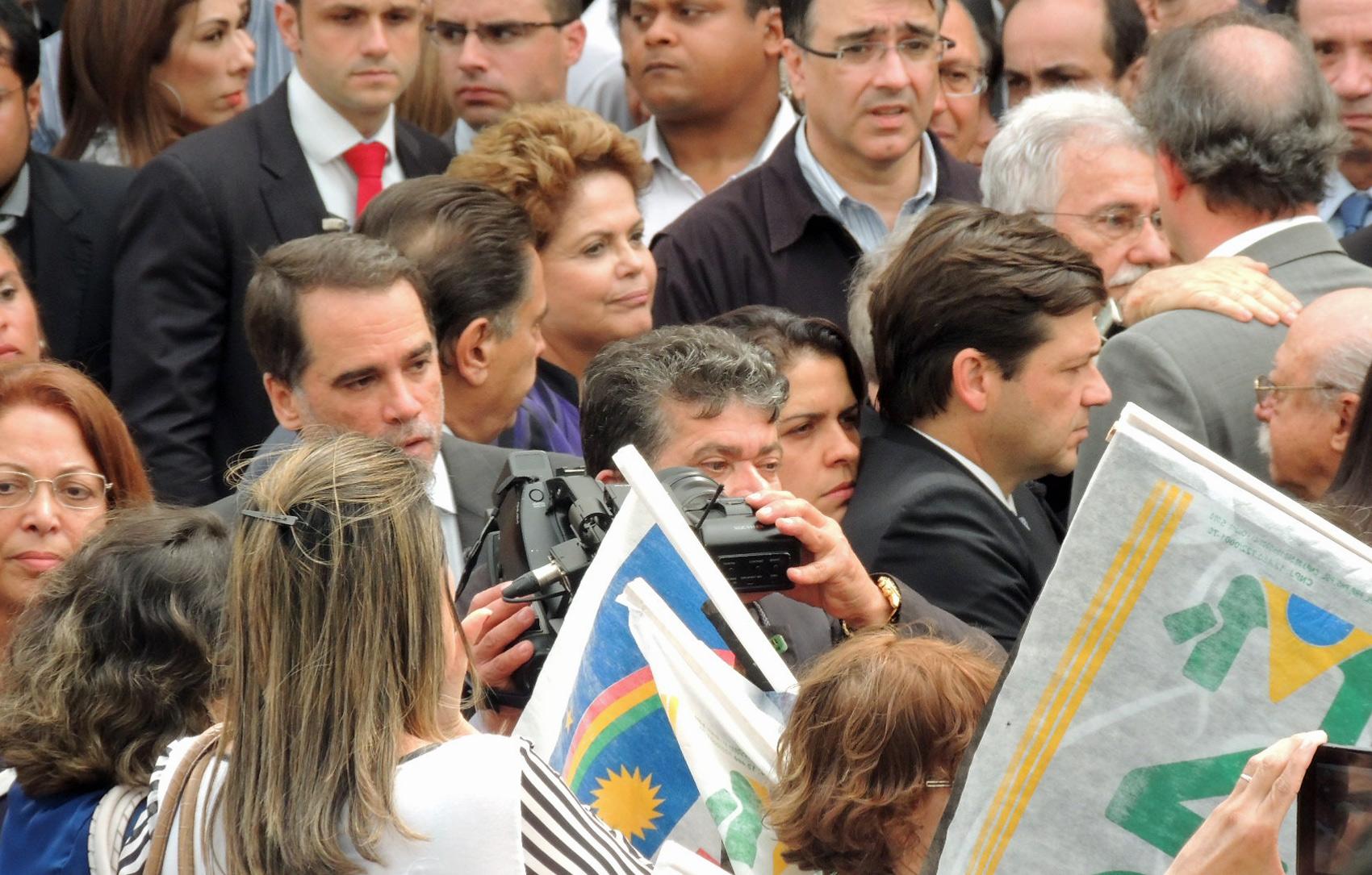 A presidente Dilma Rousseff durante o velório de Eduardo Campos