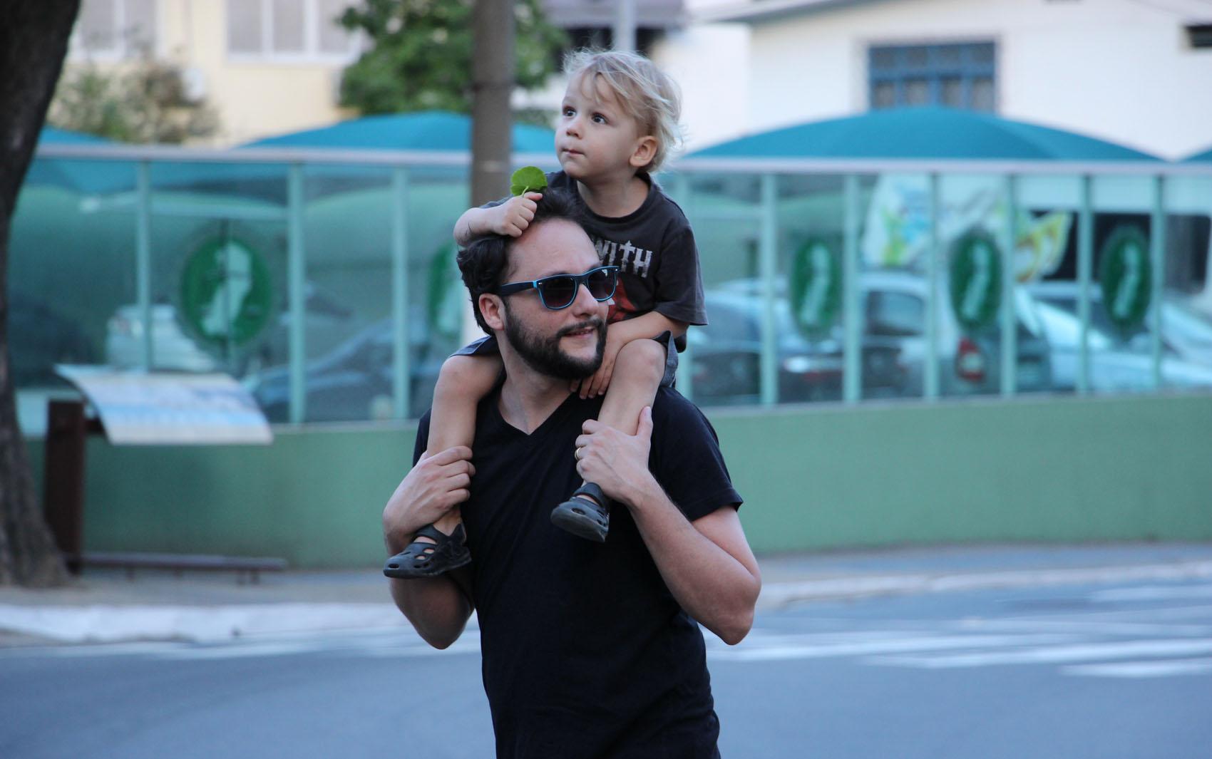 Pai e filho vão à 'Viradão Vitória', no Espírito Santo