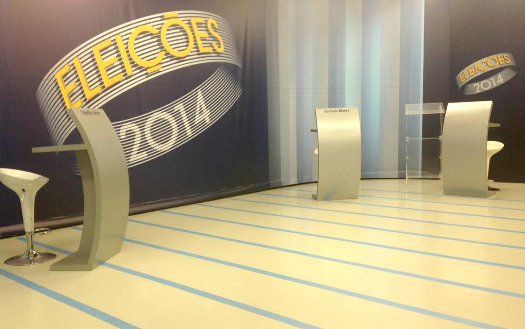 Estúdio da TV Rondônia pronto para o debate com os candidatos ao governo do estado