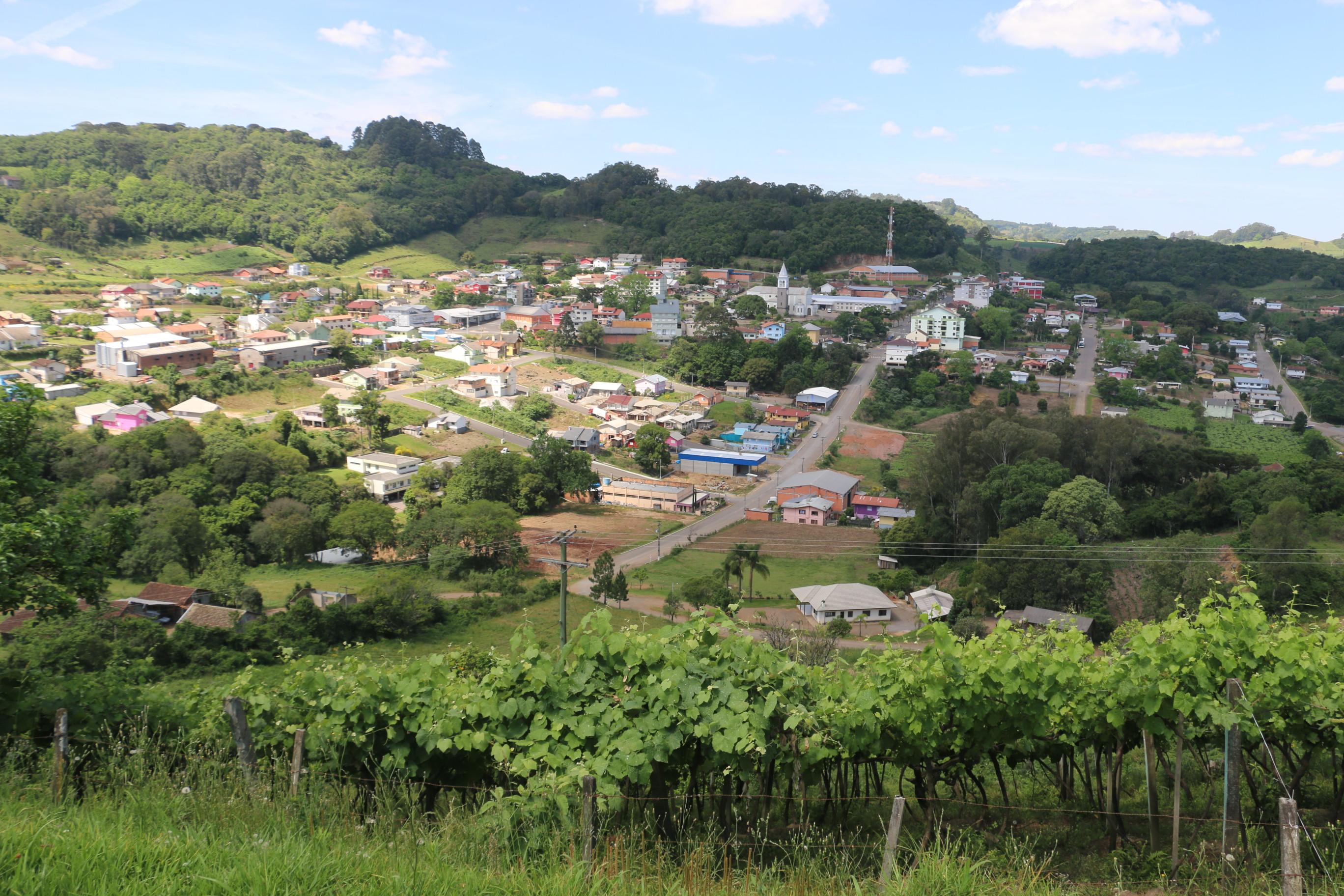 Em Nova Pádua, Aécio Neves teve 88,1 % dos votos válidos no segundo turno das eleições.