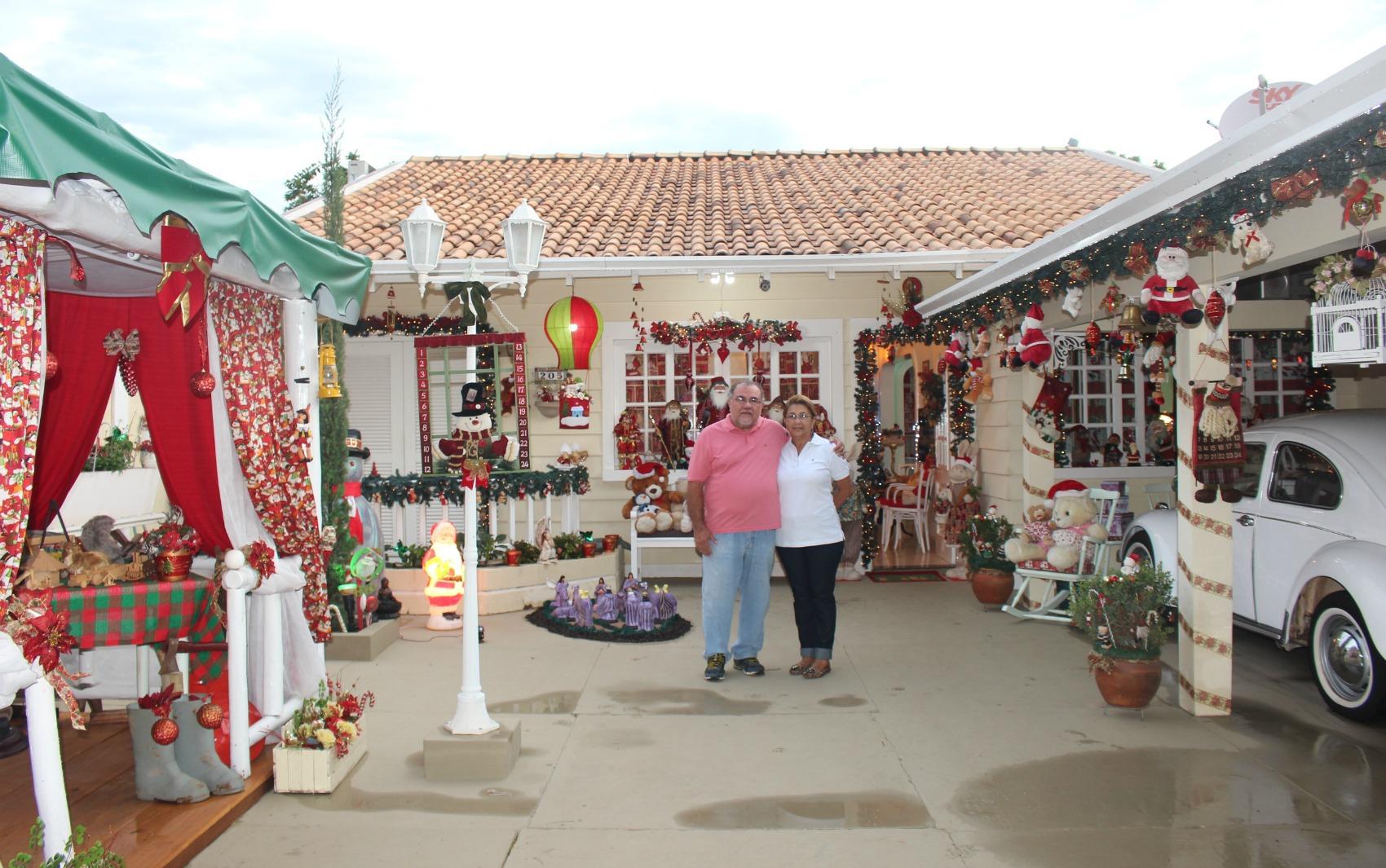 #A12A32  abre as portas para crianças em MS fotos em Mato Grosso do Sul 1182 Portas E Janelas De Madeira Em Mogi Das Cruzes