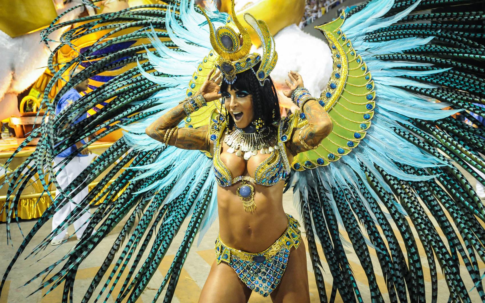 Dançarina do Faustão, Carla Prata desfila pela União da Ilha na Sapucaí