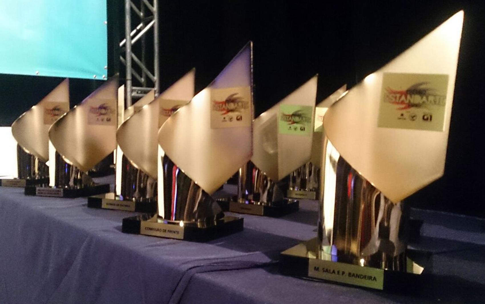 Troféus do Estandarte Santista foram entregues aos vencedores de cada categoria
