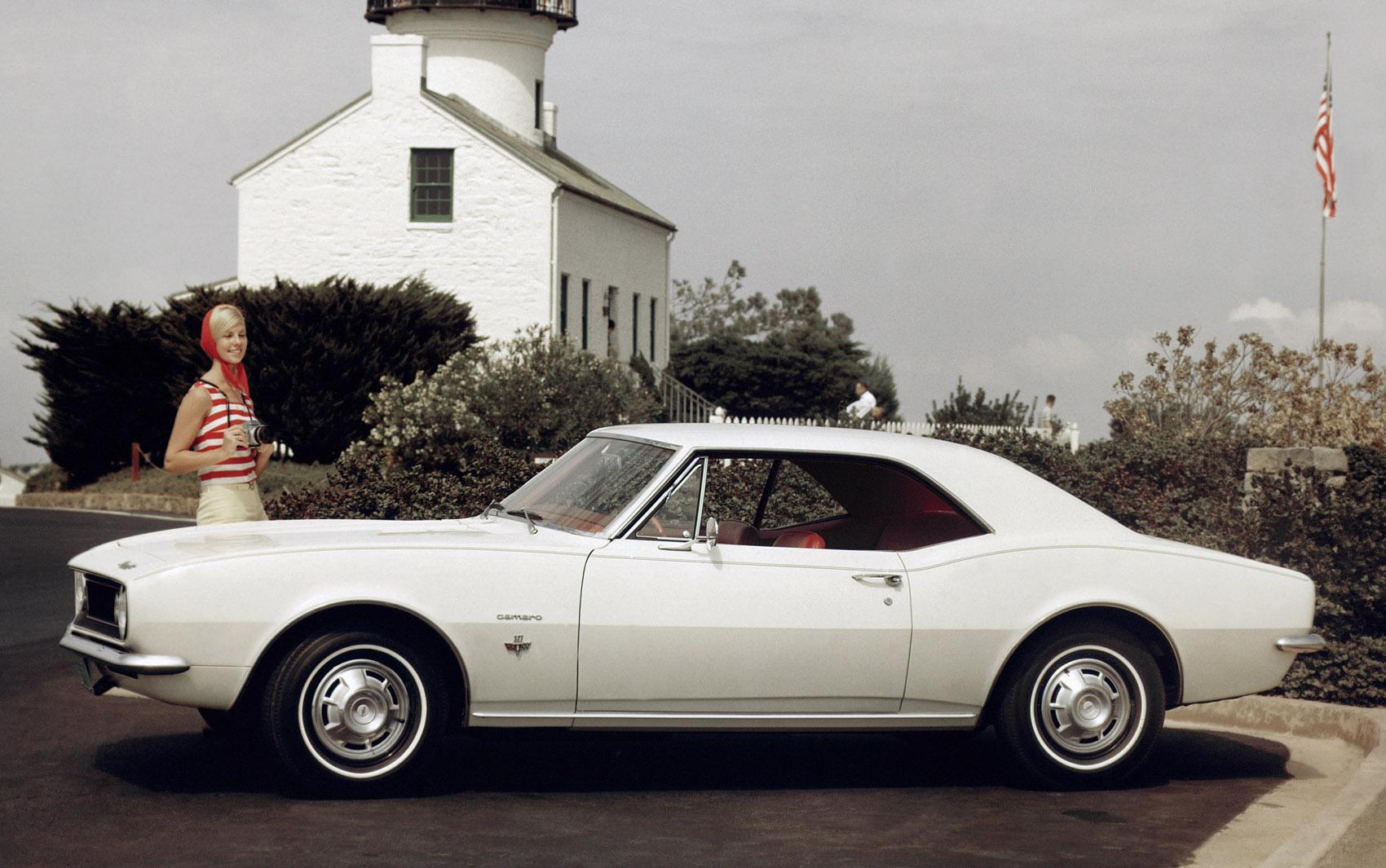 1ª GERAÇÃO: Chevrolet Camaro Sport Coupé 1967
