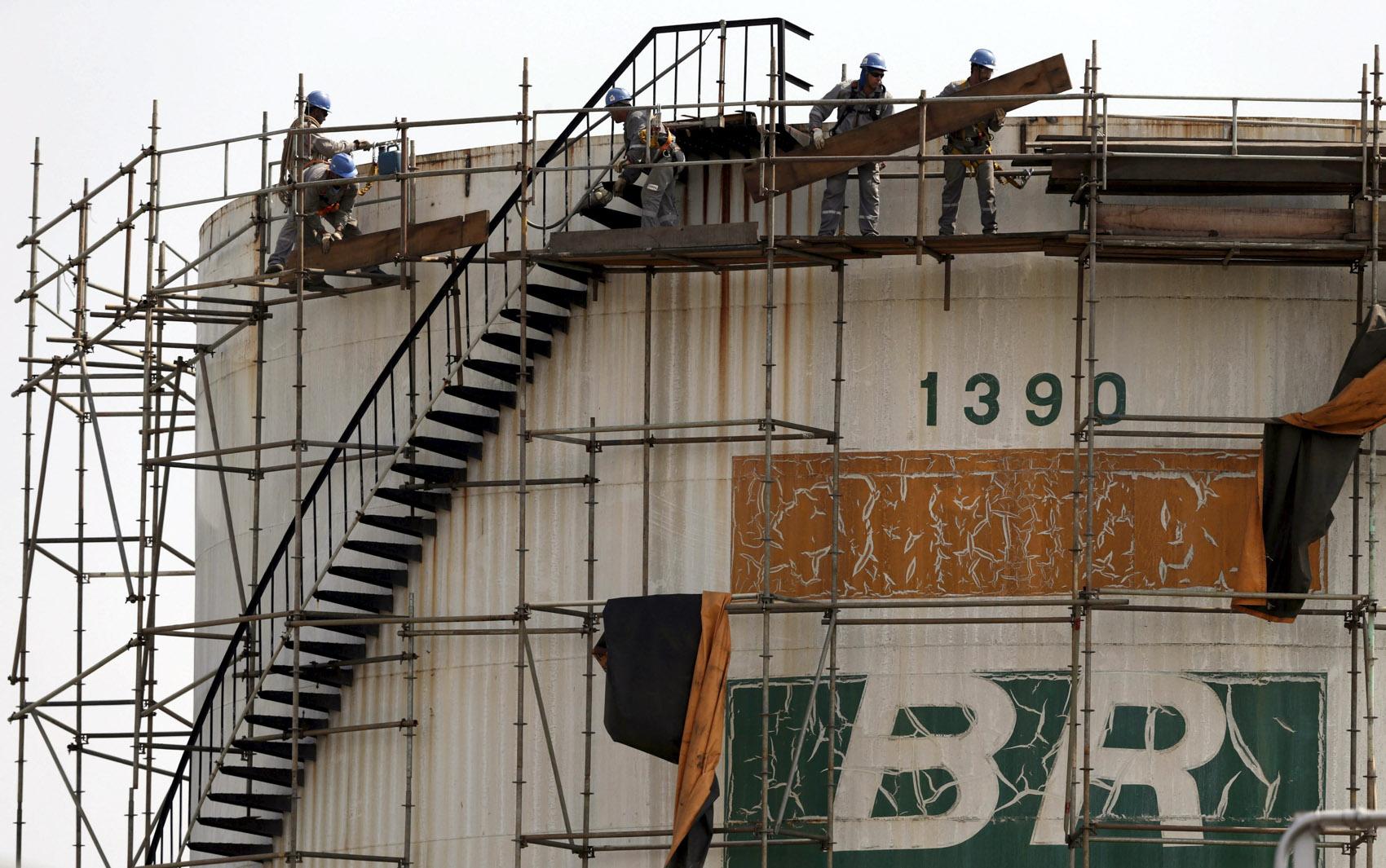 Resultado de imagem para Governo prevê receber R$ 100 bilhões com novo leilão de blocos cedidos à Petrobras em 2010