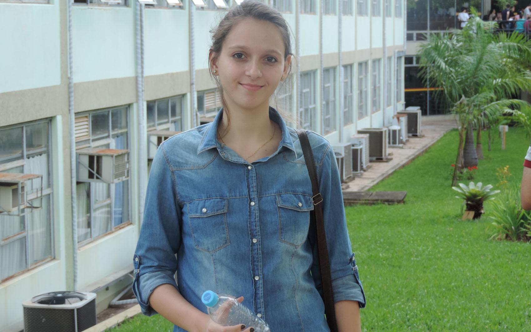 ENEM 2015 - SÁBADO (24) – PRESIDENTE PRUDENTE (SP): Bruna Miranda considerou a prova razoável