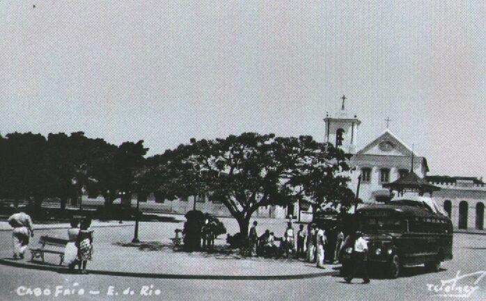 Praça Porto Rocha na década de 40 sob a lente de Wolney Teixeira