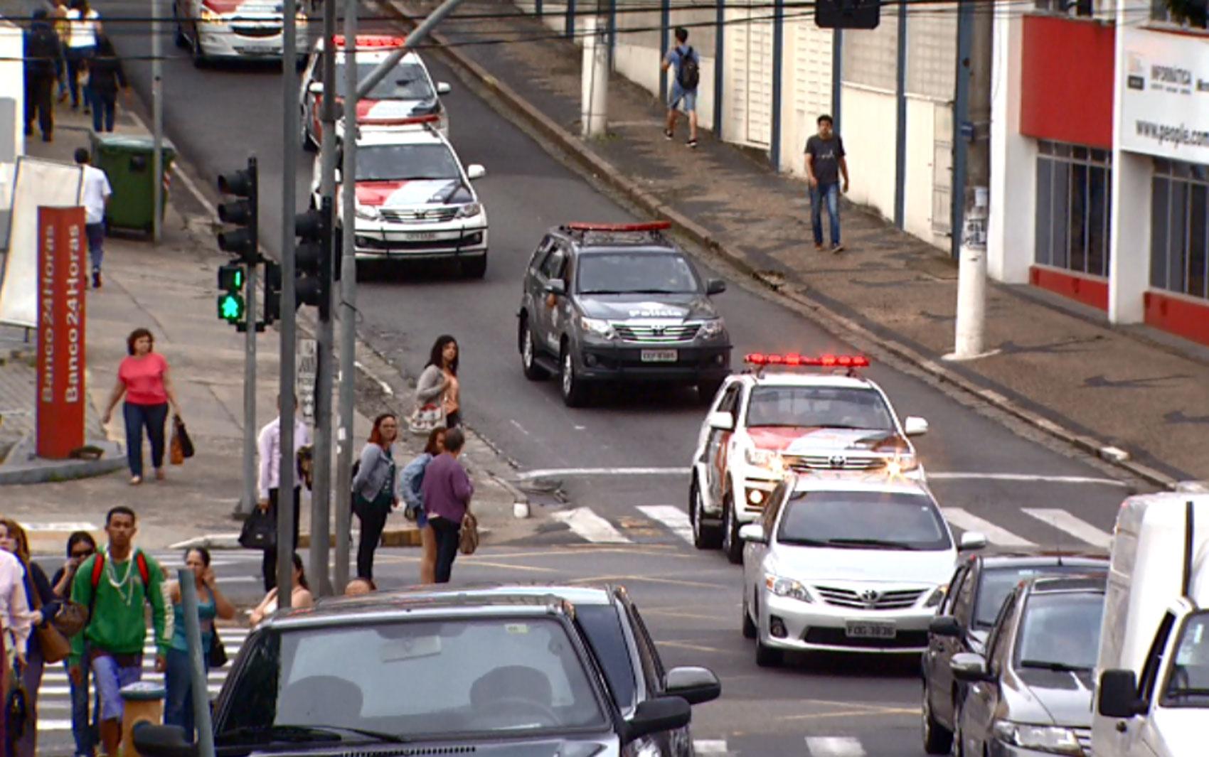 Unidades da Polícia Militar chegam à Prefeitura de Campinas