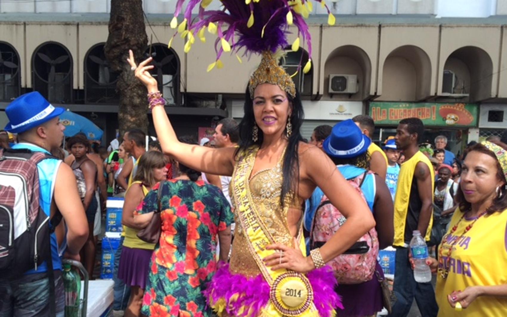 A madrinha do Simpatia, Michele Pinheiro Caldas, está no cargo há 12 anos